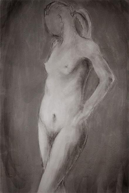 Обнаженная женщина стоя, рисунок карандашом